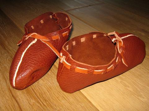 07. – 09. Jahrhundert Frühmittelalterlicher Schuh aus Ziegenleder
